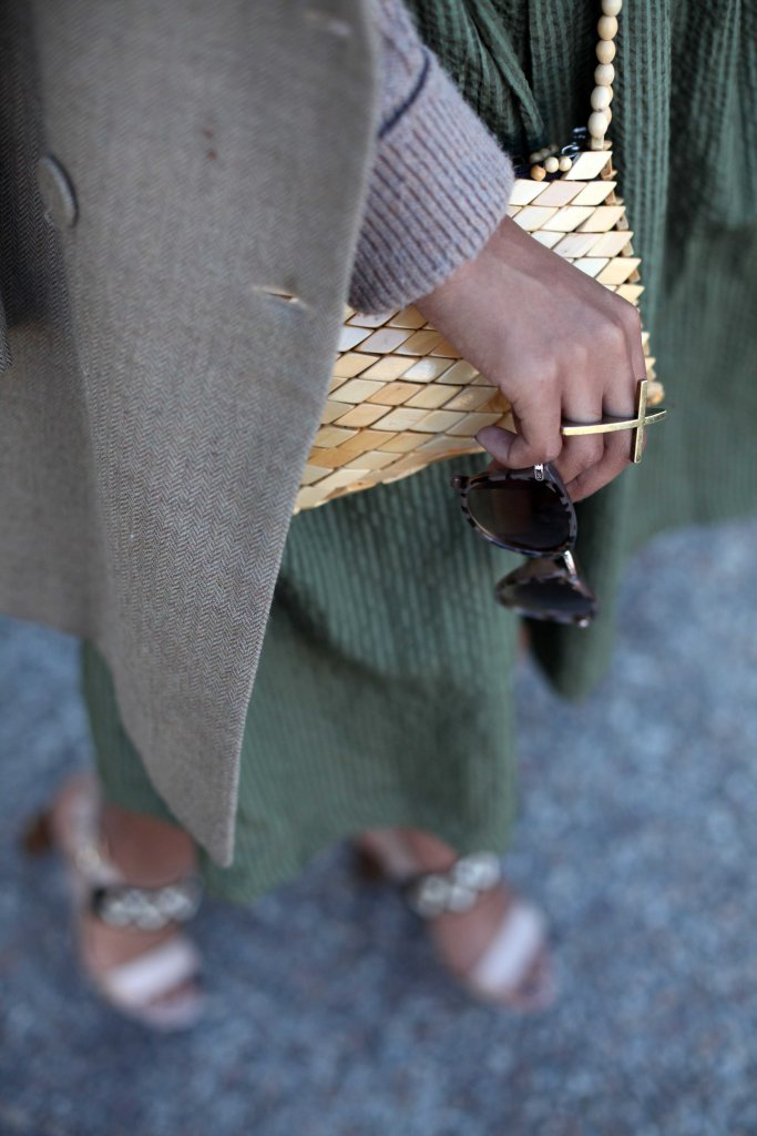 06_layer_lady_olive_green_neautral_tones_natural_afro_hair_topshop_cardi_yde_coat_mrp_midi_skirt_shoestock_shoes_through_shaded_eyes_by_tokelo_mostepe